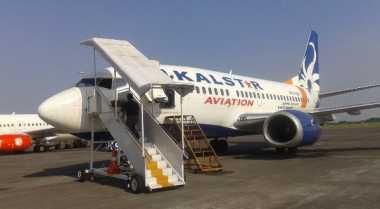 Gangguan Hidraulik, Pesawat Kalstar Kembali Mendarat