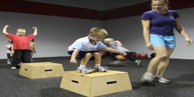Pentingnya Orangtua Kenalkan Aktivitas Fisik pada Anak