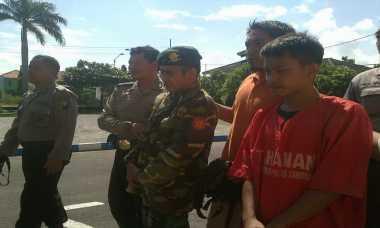 Rampas Motor Gadis Cantik, Dua TNI Gadungan Dibekuk
