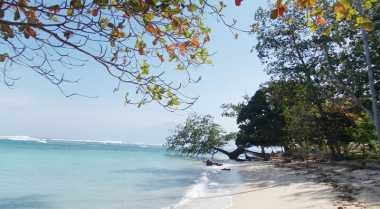 Pantai Walur di Lampung Tujuan Wisata Favorit Keluarga