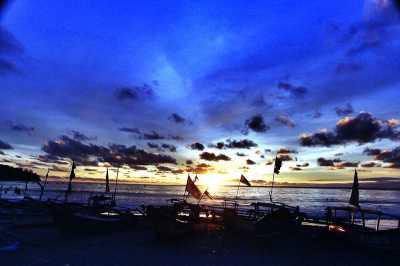 Liburan Bareng Keluarga ke Pantai Pangandaran