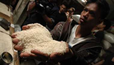 Beras Plastik Beredar di Sumut, Polisi Tunggu Uji Lab