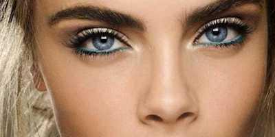 Trik Mengombinasikan Eyeliner Warna-Warni
