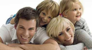 Alasan Orangtua Boleh Bertingkah Seperti Anak Kecil