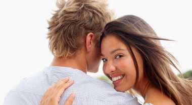Tanda-Tanda Pria Rindukan Kekasih
