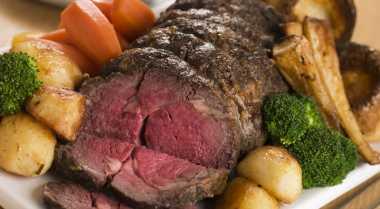 Steik Paling Lezat Adalah yang Setengah Matang