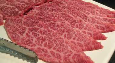 Cara Mudah Bedakan Daging Wagyu dan Non Wagyu