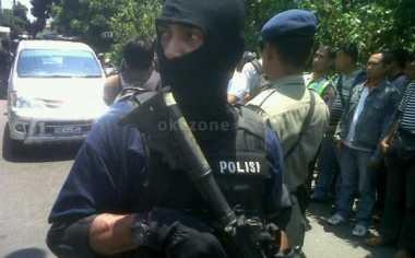 Densus 88 Tangkap Sembilan Teroris Jaringan Santoso