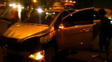Kecelakaan di Tol Bambu Apus, Mobil Mercy Ringsek