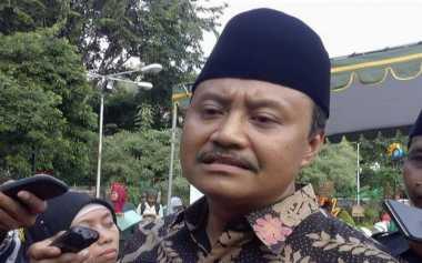 Wagub Jawa Timur Curiga Beras Plastik Hanya Isu