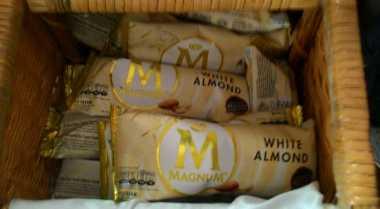 Magnum White Almond Sensasi Es Krim dengan Almond