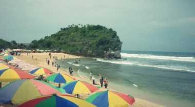 Pantai Indrayanti Tak Bersih Lagi