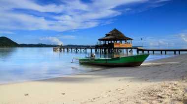 """Seluruh Pantai di Indonesia Ingin Dijajal Nowela """"Idol"""""""