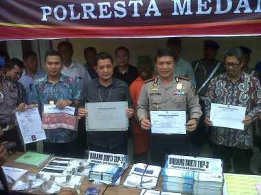 Pembuat Ijazah Palsu Gunakan Tiga Blangko Universitas Bodong