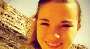 Gadis 13 Tahun Keliling Dunia