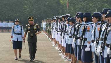 Prajurit TNI Boleh Berjilbab hanya Masalah Waktu