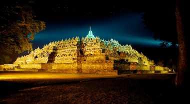 Ritual Sakral Sebelum Perayaan Waisak di Candi Borobudur