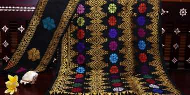Daya Tarik Kain Tenun Subahnale asal Lombok