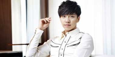 Lee Seung Gi Ikut Main di Drama Producer