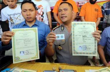 DPR: Ijazah Presiden & Wapres Juga Harus Diperiksa