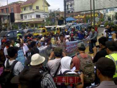 Masyarakat Danau Toba Minta Pemerintah Cabut Izin PT TPL