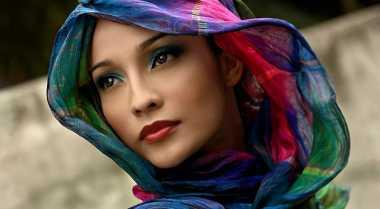 Tampil Modis dengan Hijab