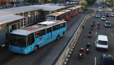 Besok Transjakarta Tidak Beroperasi Normal