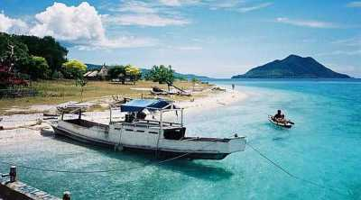 Merasakan Keindahan Pulau Alor