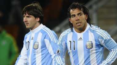 Tevez & Messi Ingin Rebut Trofi Liga Champions