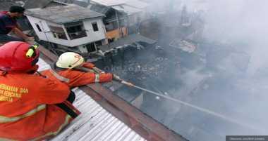 Sebuah Ruko Terbakar di Pamekasan, Pemilik Rugi Rp2 Miliar