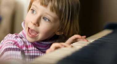 Alasan Anak-Anak Butuh Musik