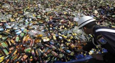 Polda Bali Ungkap Pengoplosan Miras di Dalam Diskotek