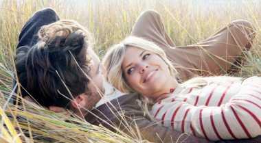 Bahasa Cinta Bikin Pernikahan Awet