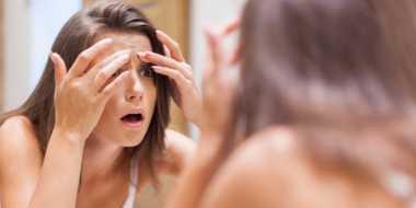 Akibat Tidak Bersihkan Make Up Sebelum Tidur