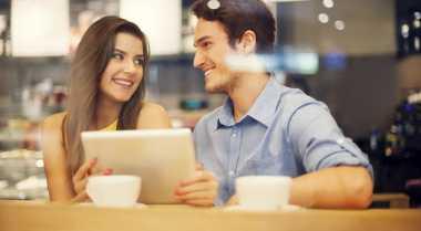 Tiga Alternatif Seru Berkencan di Rumah