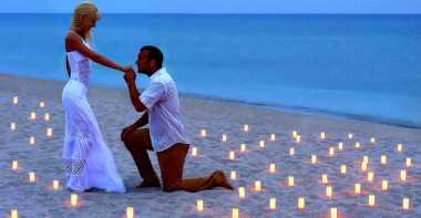 Cara Unik dan Romantis Melamar Wanita
