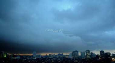 Langit Ibu Kota Cerah Berawan di HUT Bhayangkara