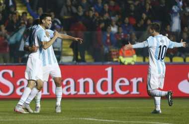 Dua Assist Messi Bikin Argentina Menjauh