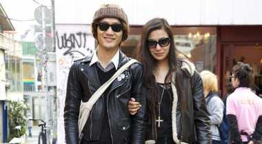 Ragam Baju Couple Ini Bikin Anda & Pasangan Tambah Kompak