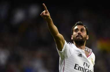 Dua Klub Semenjana EPL Berebut Bek Madrid