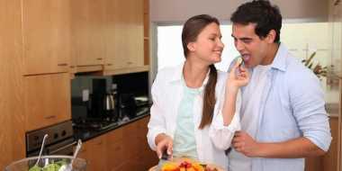 Menjadi Istri Romantis saat Hubungan Hambar