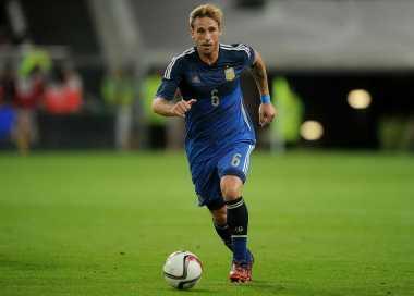 United Kejar Gelandang Timnas Argentina