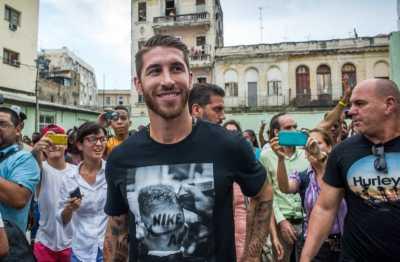 Bintang Barca Tak Yakin Madrid Lepas Ramos