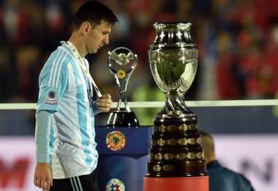 Simpati Lavezzi untuk Messi