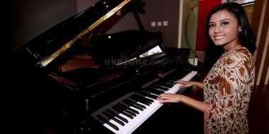 Skill Piano Maria Harfanti Sangat Mumpuni