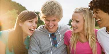 Lima Referensi Aktivitas Seru Bersama Sahabat