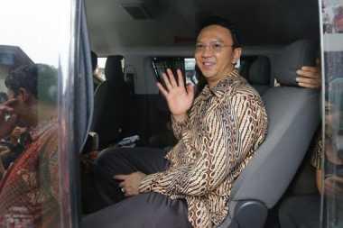 Lebaran, Ahok Pilih Makan Ketupat di Belitung