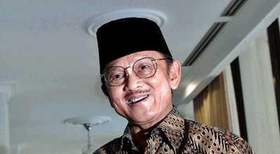 BJ Habibie Sering ke Masjid Lautze
