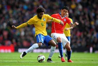 Milan Tepat Memboyong Adriano