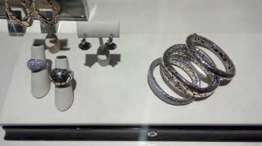 Bagian Tubuh Ini Bisa Dipakaikan Perhiasan